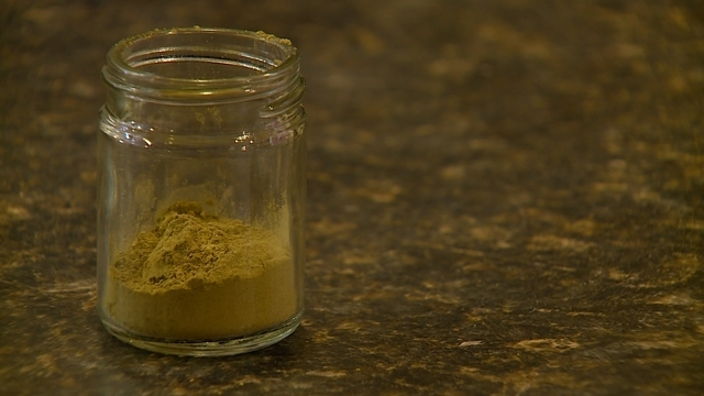 Kratom Essence Capsules: How to Make Your Own Kratom Capsules?